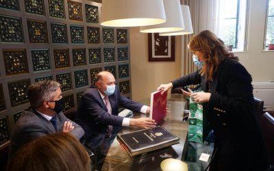 Cristina Vieira recebe Embaixador da Moldávia