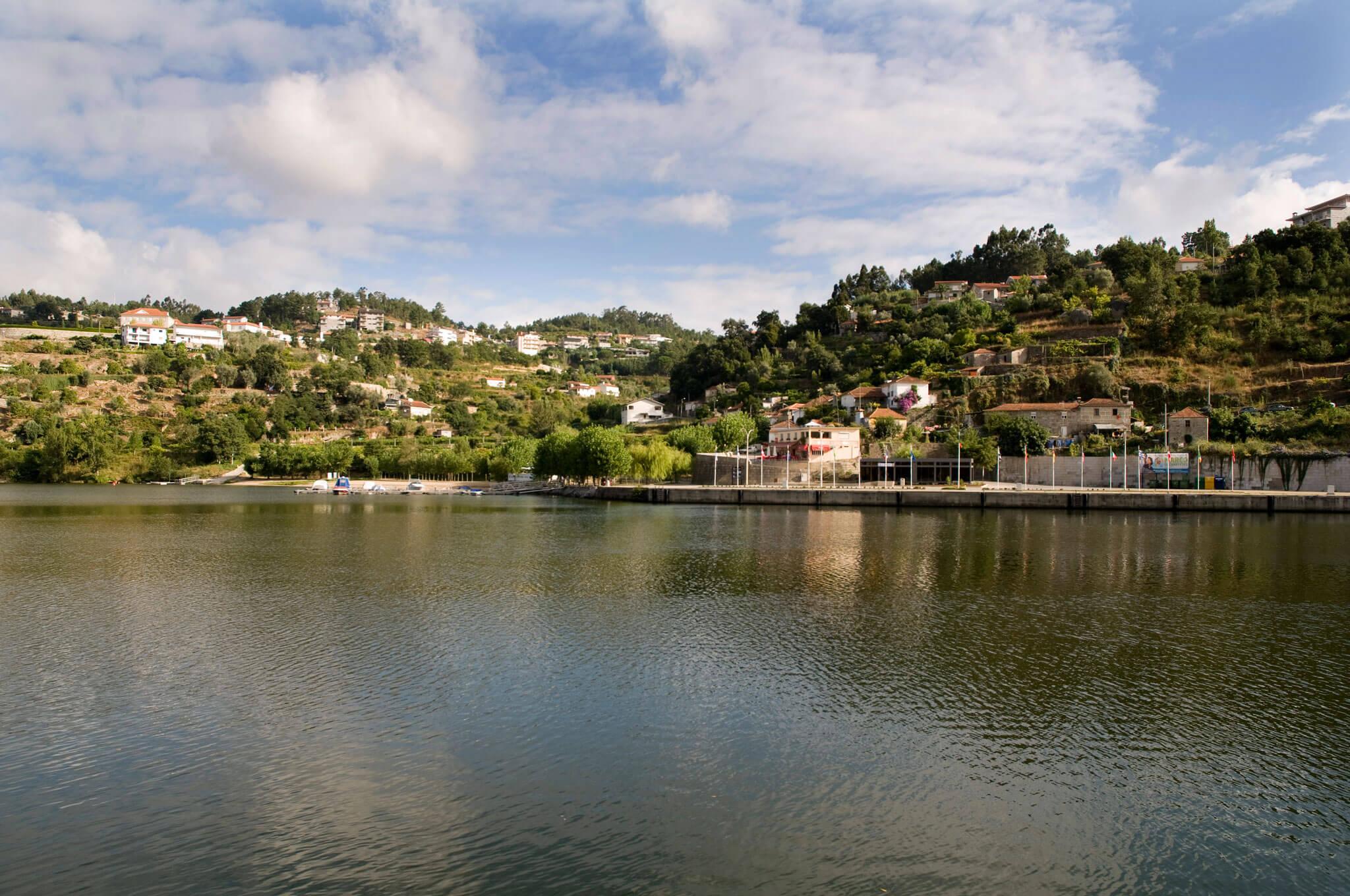 Bitetos, vista sobre o Cais no rio Douro